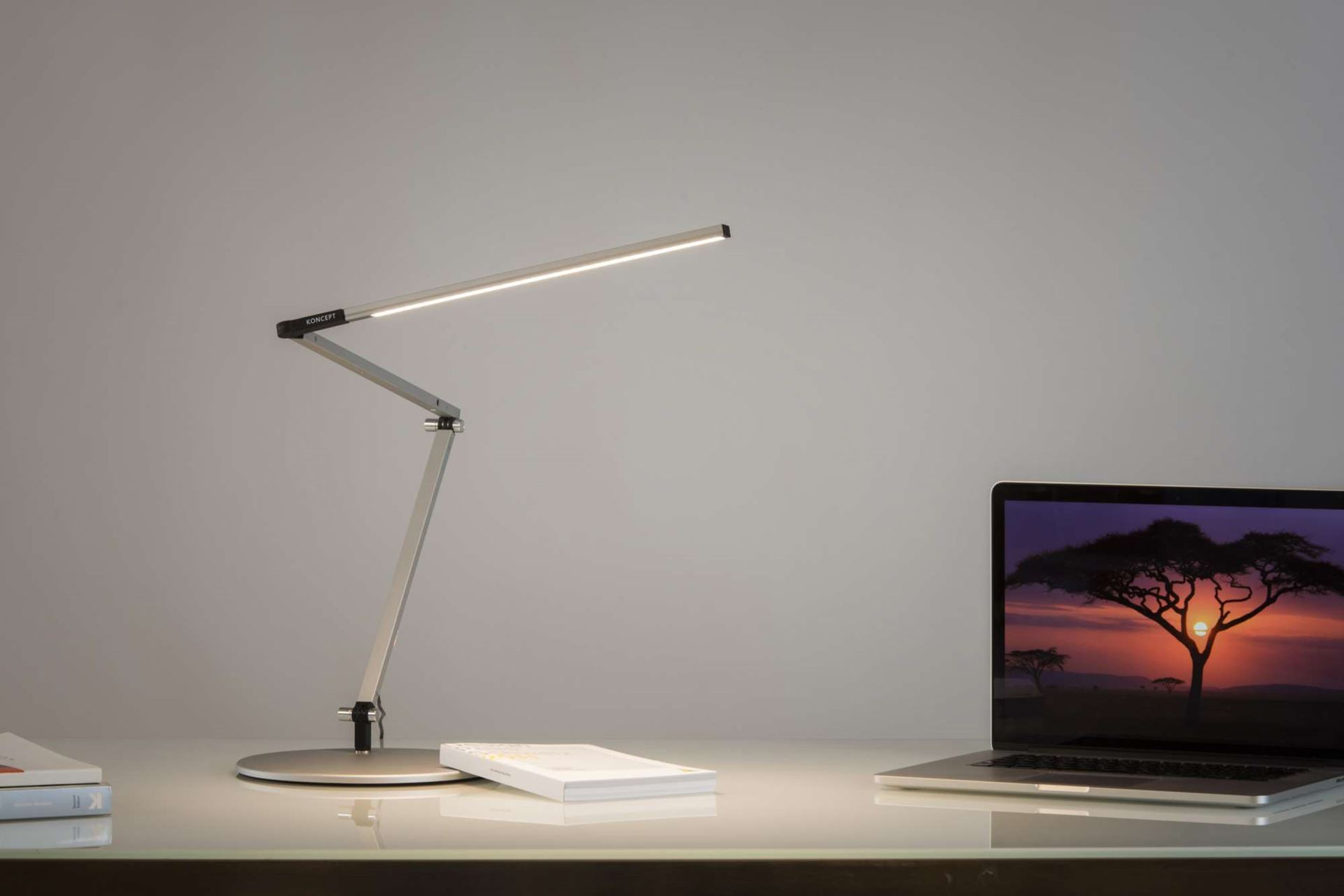 Koncept table lamp and floor lamp